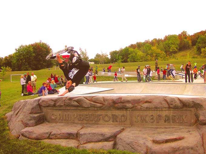 3-skatepark-design-principle-locally-inspired