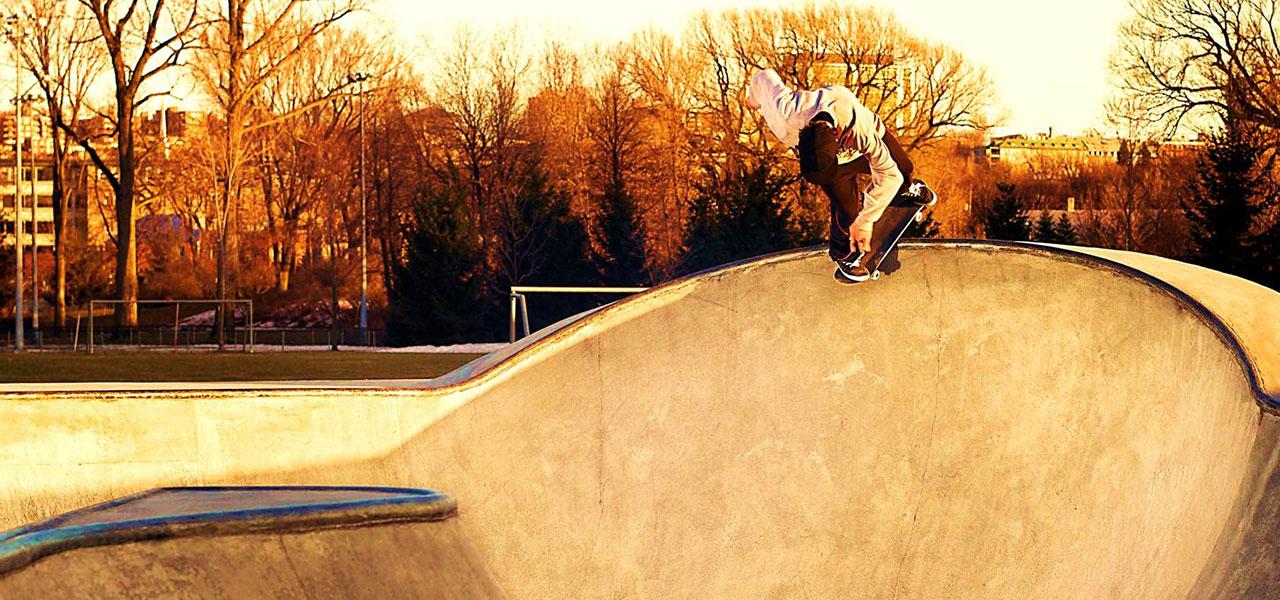 5-canada-skatepark-bowl-gab-touchette-back-d